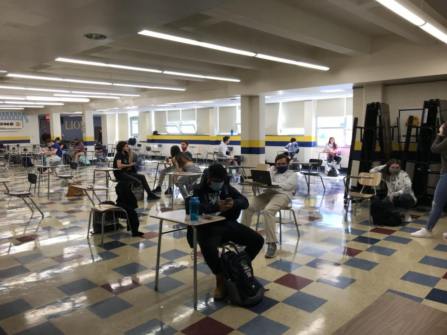 Seniors eat lunch in the cafeteria during C lunch on the first day back to school. The 9th, 10th, and 11th graders were assigned to the auditorium for lunch C.